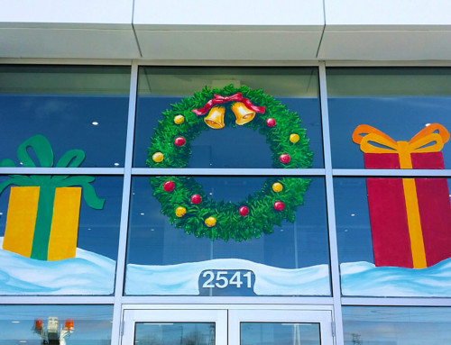 Holiday Wreath & Presents Window Painting